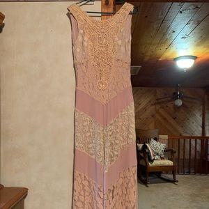 Lace formal dress. Size Medium.